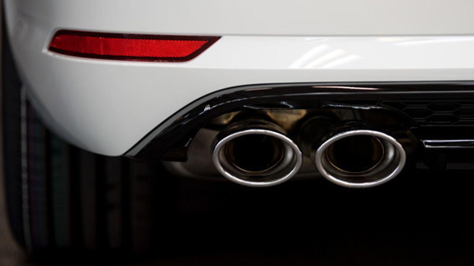 BMW-Chef warnt vor voreiligem Aus von Verbrennungsmotoren