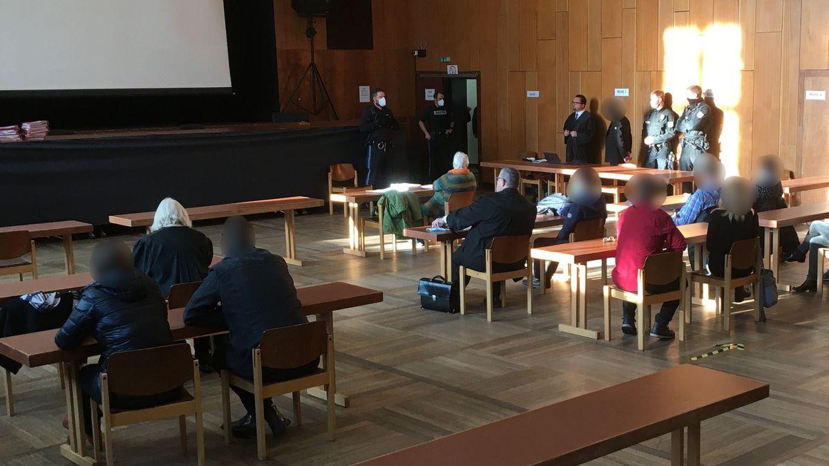 Prozess gegen ehemaligen Fußball-Trainer vor dem Landgericht Schweinfurt