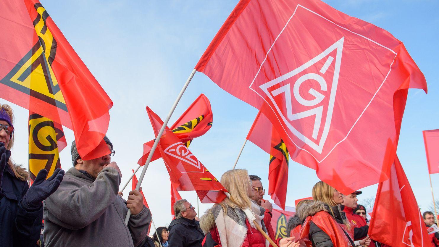 Die IG Metall in Bayern hat heute den Startschuss in die Tarifrunde für die rund 870.000 Beschäftigten der Branche gegeben.