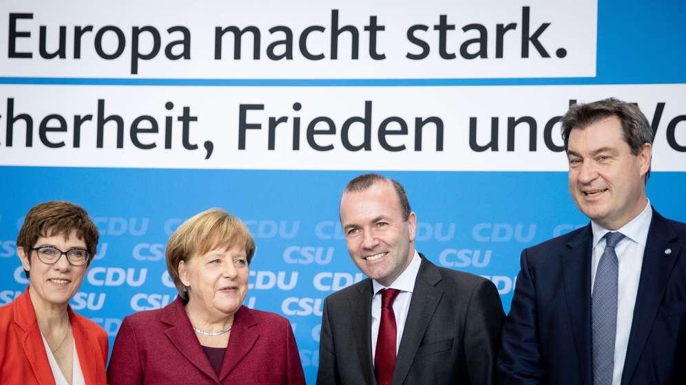 Annegret Kramp-Karrenbauer, Angela Merkel, Manfred Weber, Markus Söder   Bild:dpa-Bildfunk/Kay Nietfeld