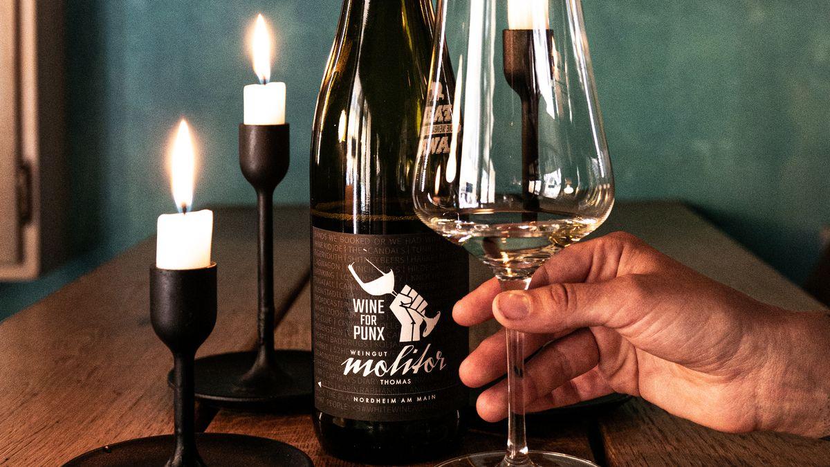 """Der erste eigene Wein von """"Wine For Punx"""""""