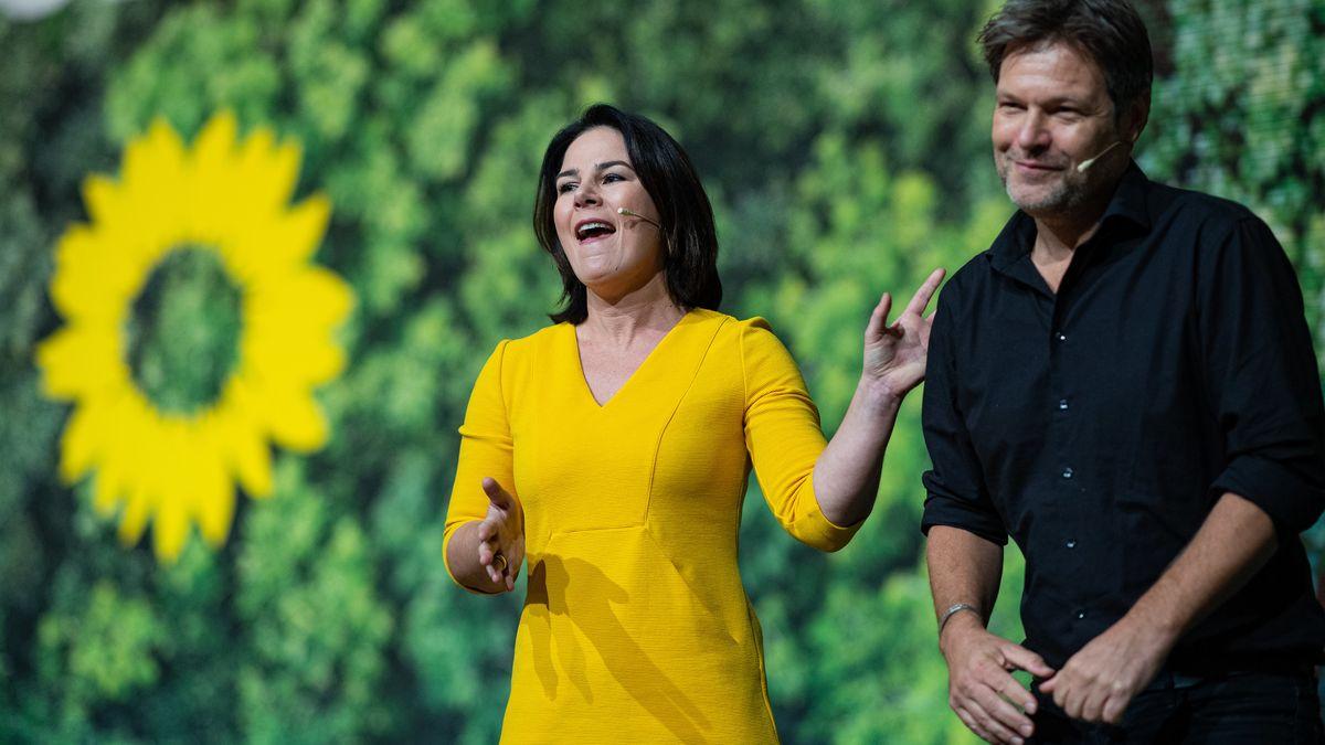 Annalena Baerbock und Robert Habeck bilden weiterhin die Doppelspitze der Grünen.