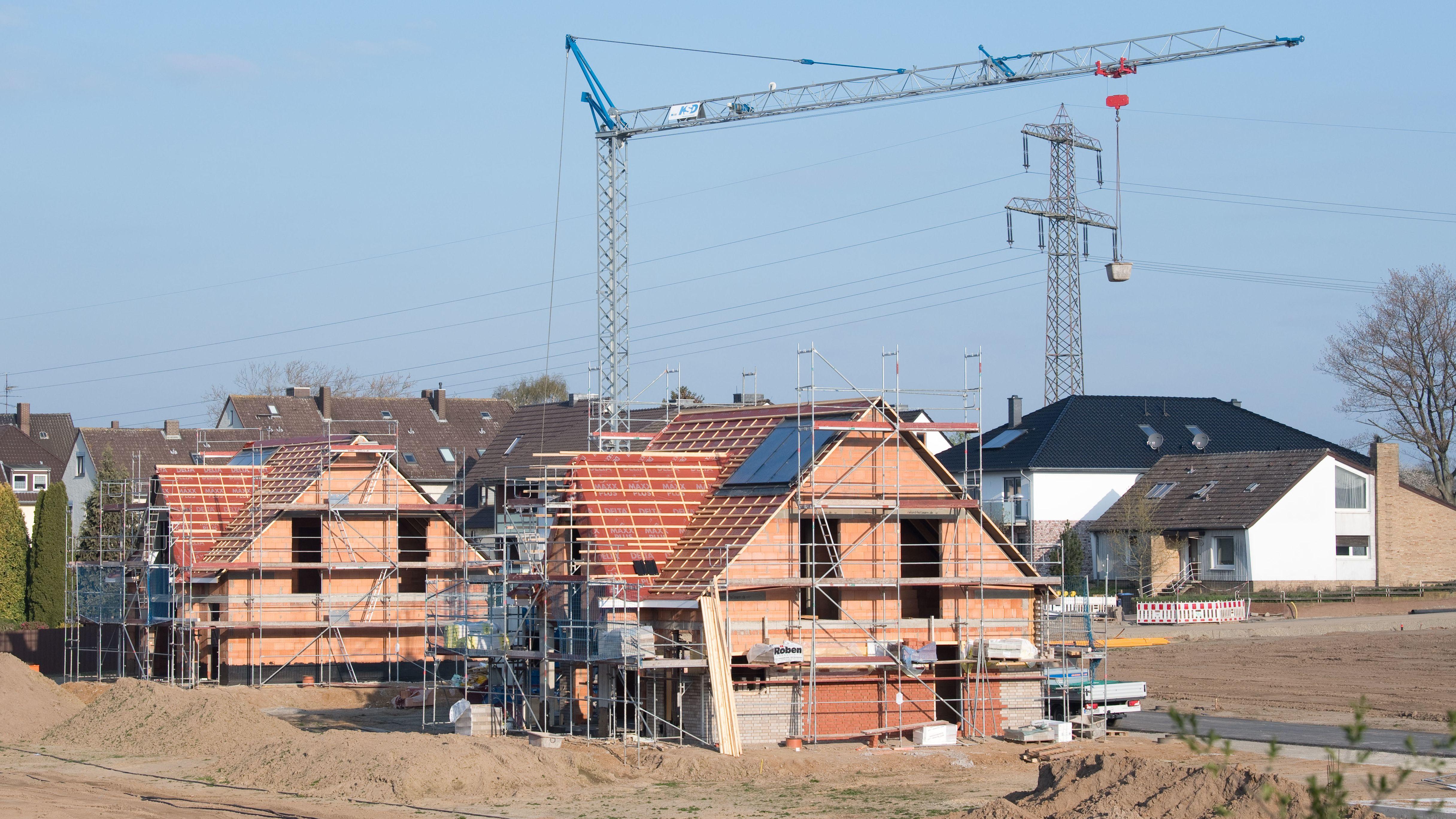 Baustelle in einem Neubaugebiet