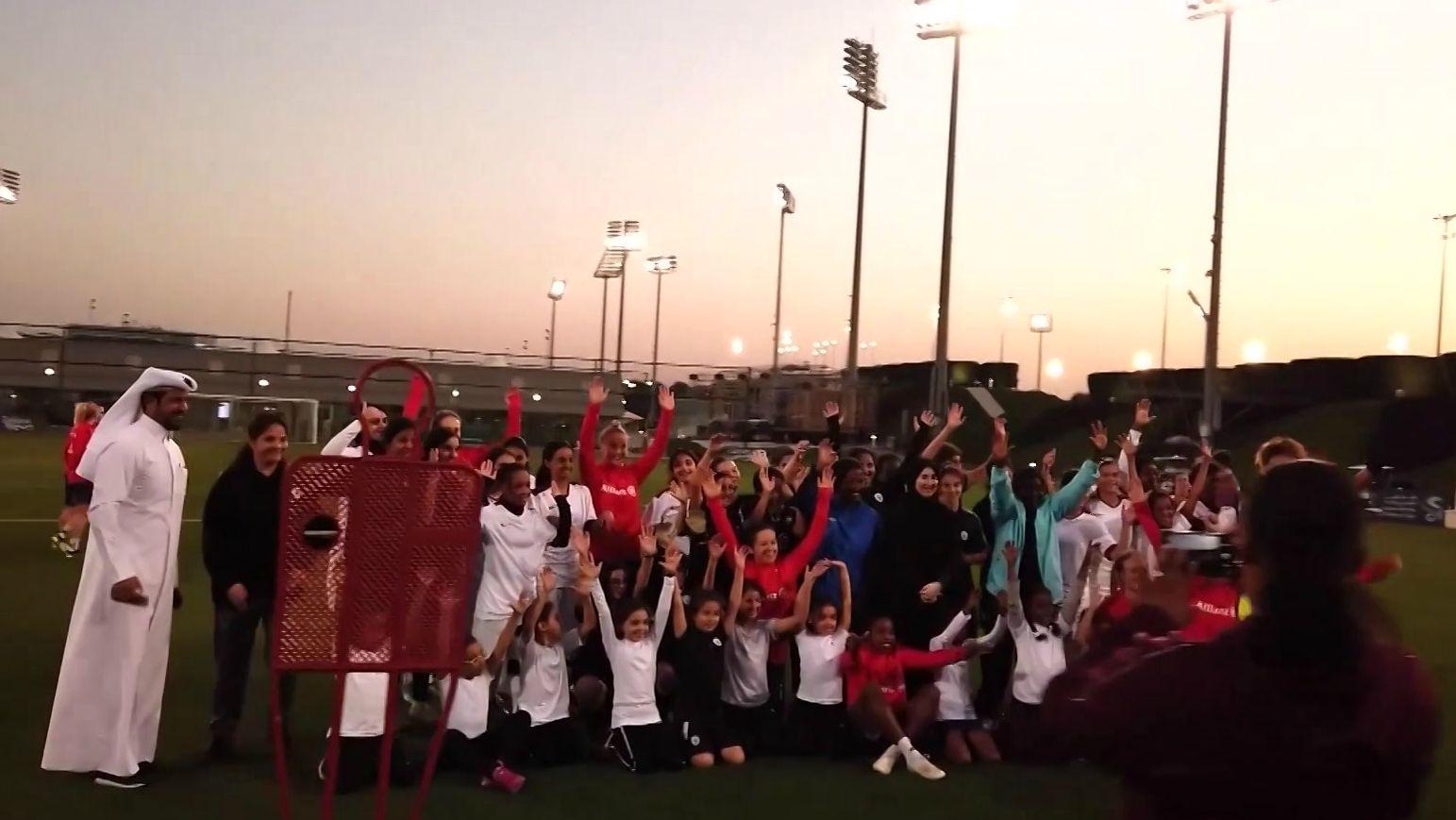 Die Bayern-Frauen beim Training in Katar