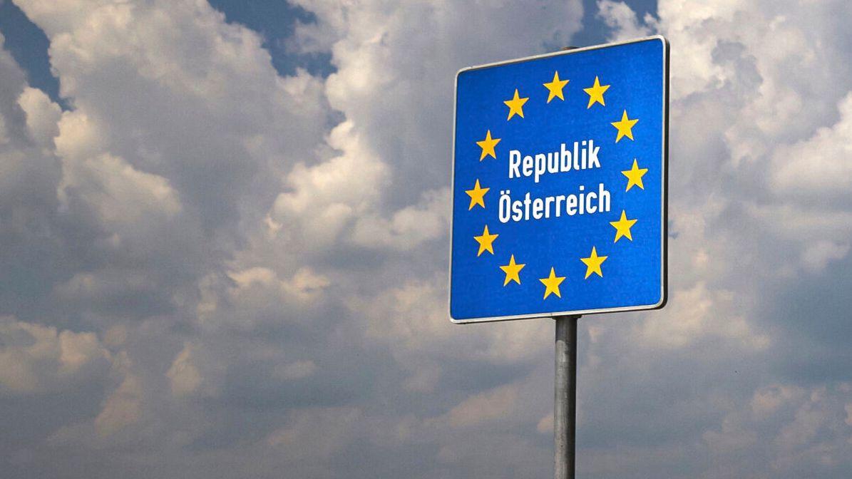 Grenzschild der Republik Österreich