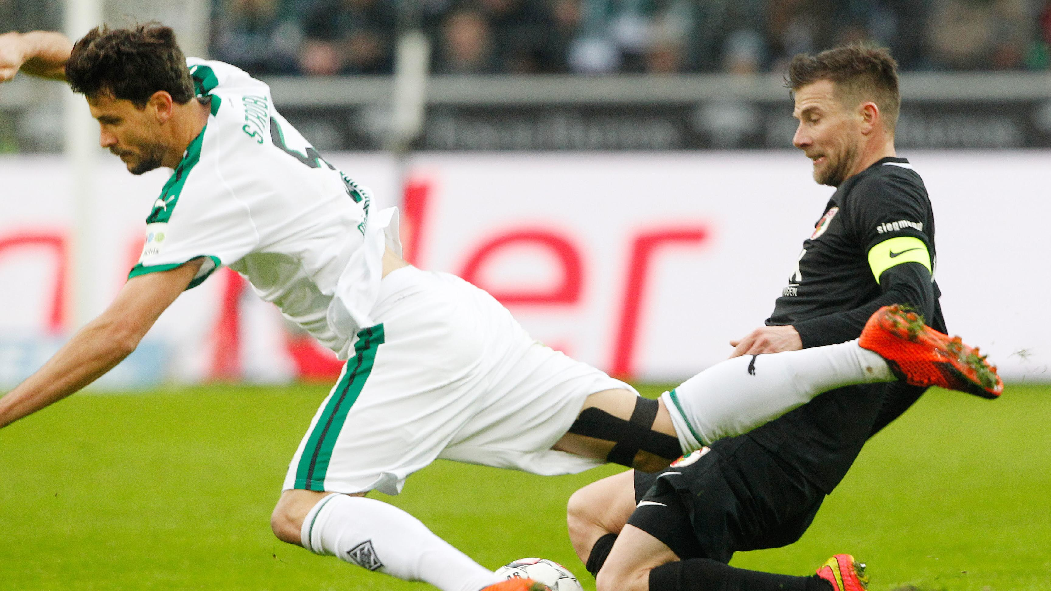 Spielszene Borussia Mönchengladbach - FC Augsburg