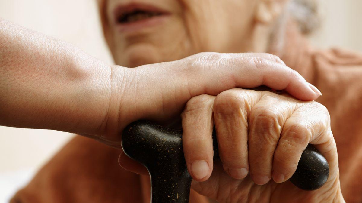 Pflegende und mitfühlende Hände