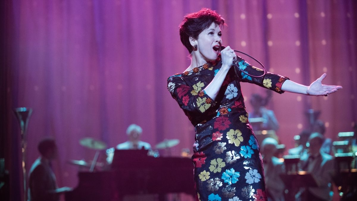 "Renée Zellweger singt selbst und das sehr gut in ""Judy"" (Filmszene)."