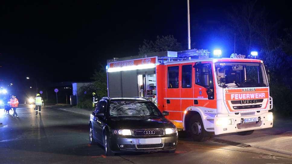 Fußgänger bei Autounfall in Stockstadt lebensbedrohlich verletzt
