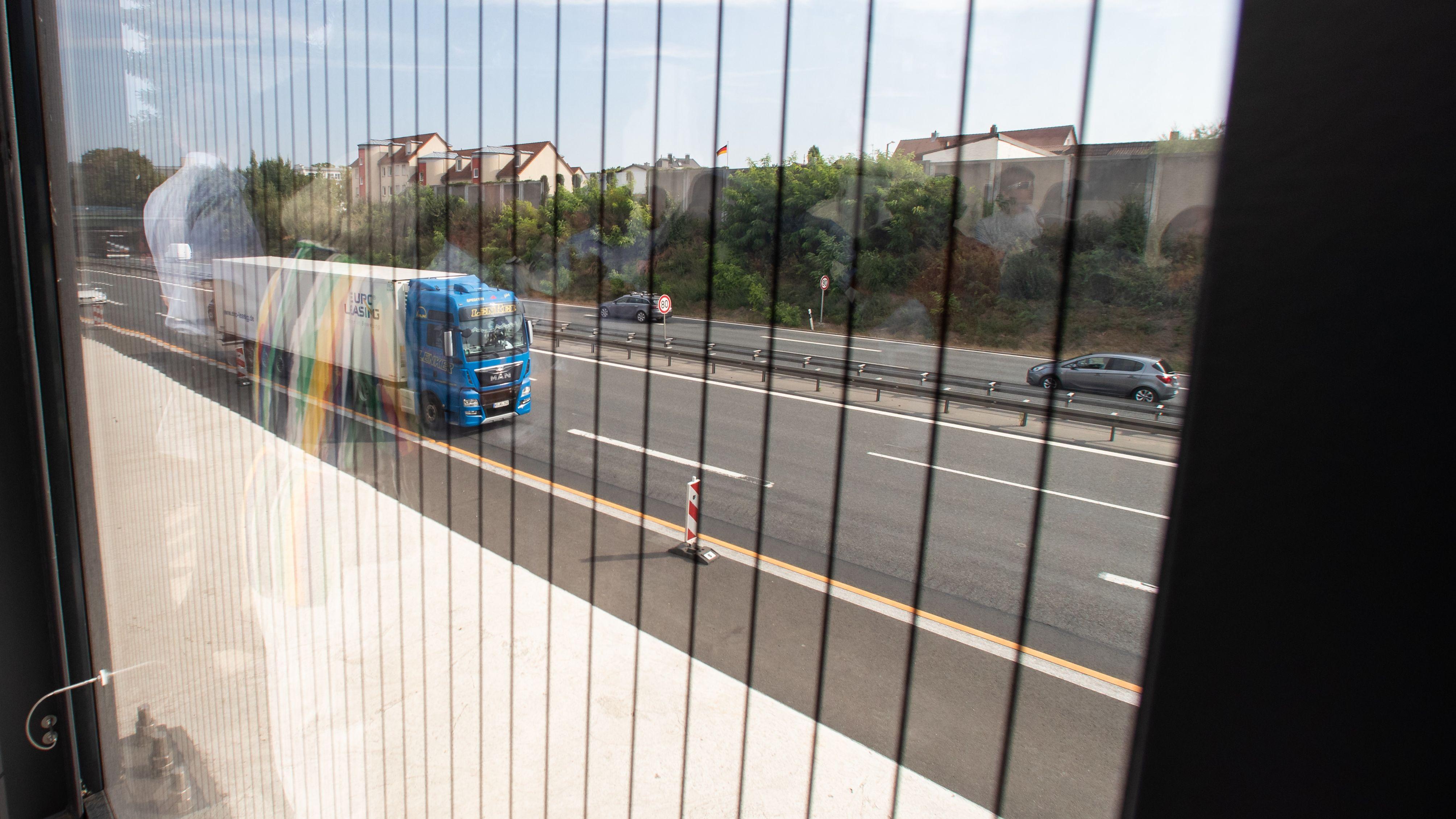 Lärmschutzwand auf der Autobahn A73