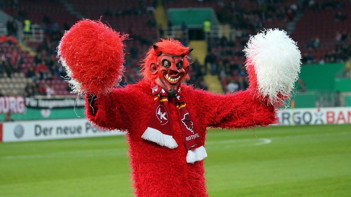 """Ein """"Roter Teufel"""", das Maskottchen des 1. FC Kaiserslautern"""