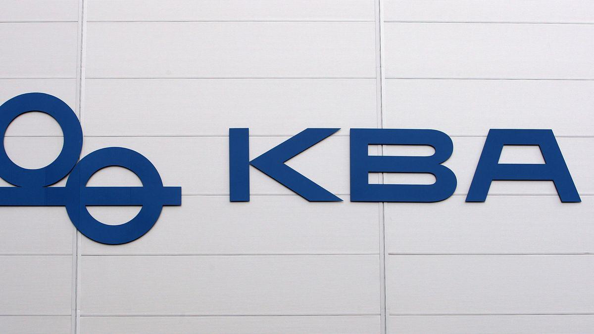 Schriftzug der Koenig & Bauer AG mit Stammsitz in Würzburg