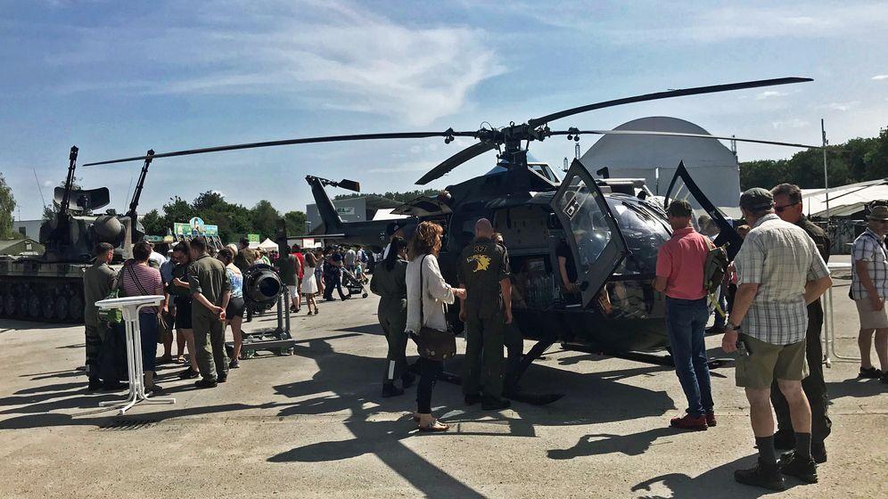 Großer Besucherandrang beim Tag der Bundeswehr in Dillingen.   Bild:BR / Judith Zacher
