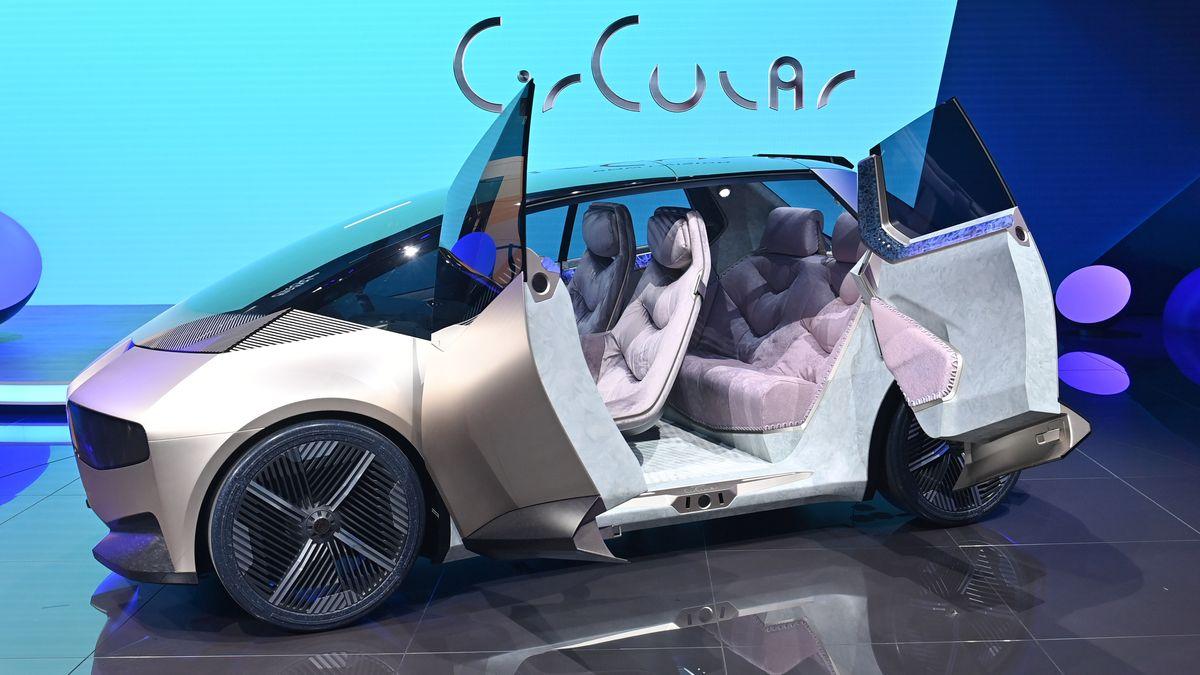 Der BMW i Vision Circular wird aus recycelten Materialien gefertigt.
