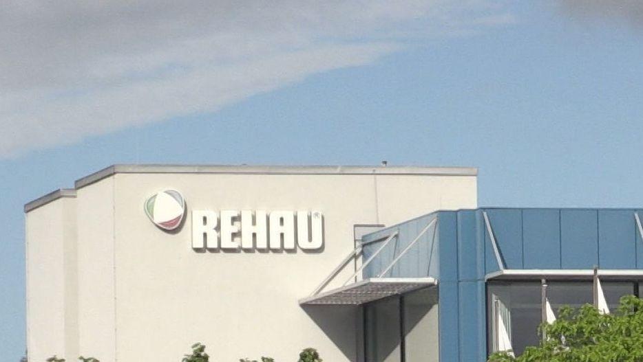 Der Autozulieferer Rehau baut im Viechtacher Werk weitere Stellen ab
