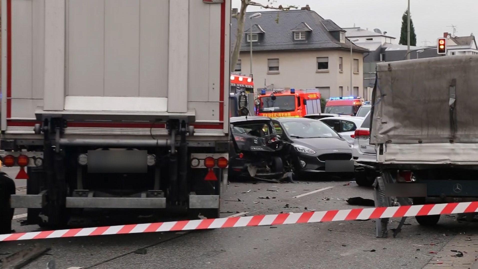 Gestohlener Lkw: Unfallstelle in Limburg