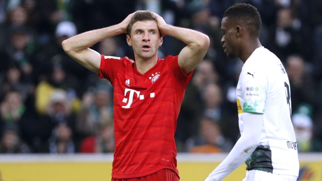 Enttäuschung bei Thomas Müller nach der 1:2-Niederlage in Mönchengladbach