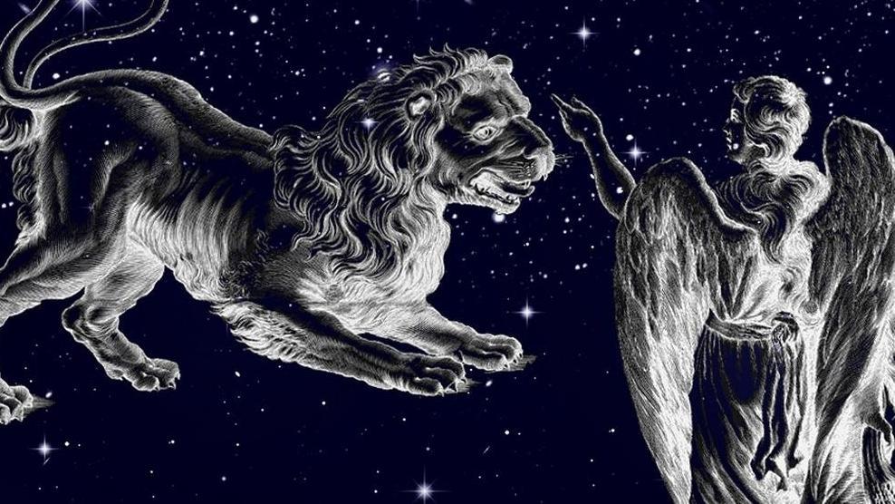 Sternbild Jungfrau neben Sternbild Löwe am Sternenhimmel