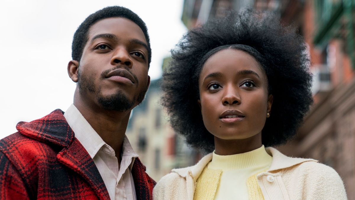 """Die Schauspieler Stephen James und KiKi Layne  in einem Still aus dem Film """"Beale Street""""."""