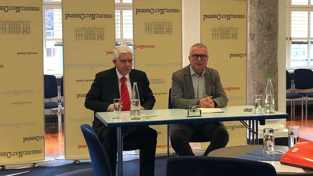 Josef Schuster, Präsident des Zentralrats der Juden, (links) und Alexander Jungkunz, Chefredakteur der Nürnberger Nachrichten (rechts)
