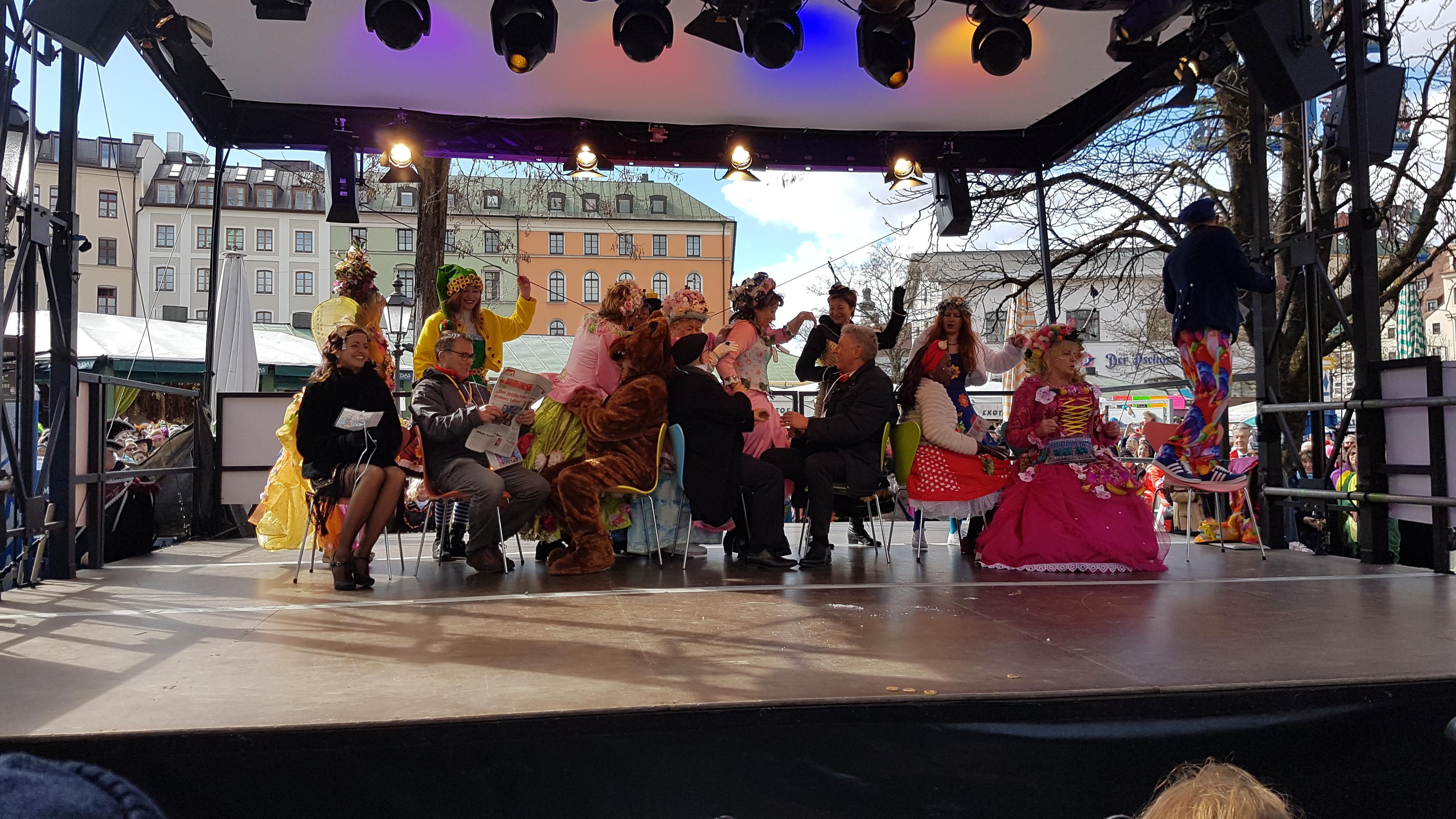 Tanz der Marktweiber auf dem Münchner Viktualienmarkt 2019
