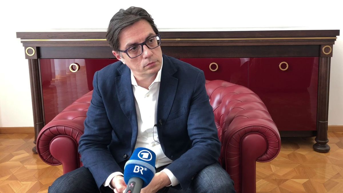 Stevo Pendarovski im Interview mit der ARD in Skopje.
