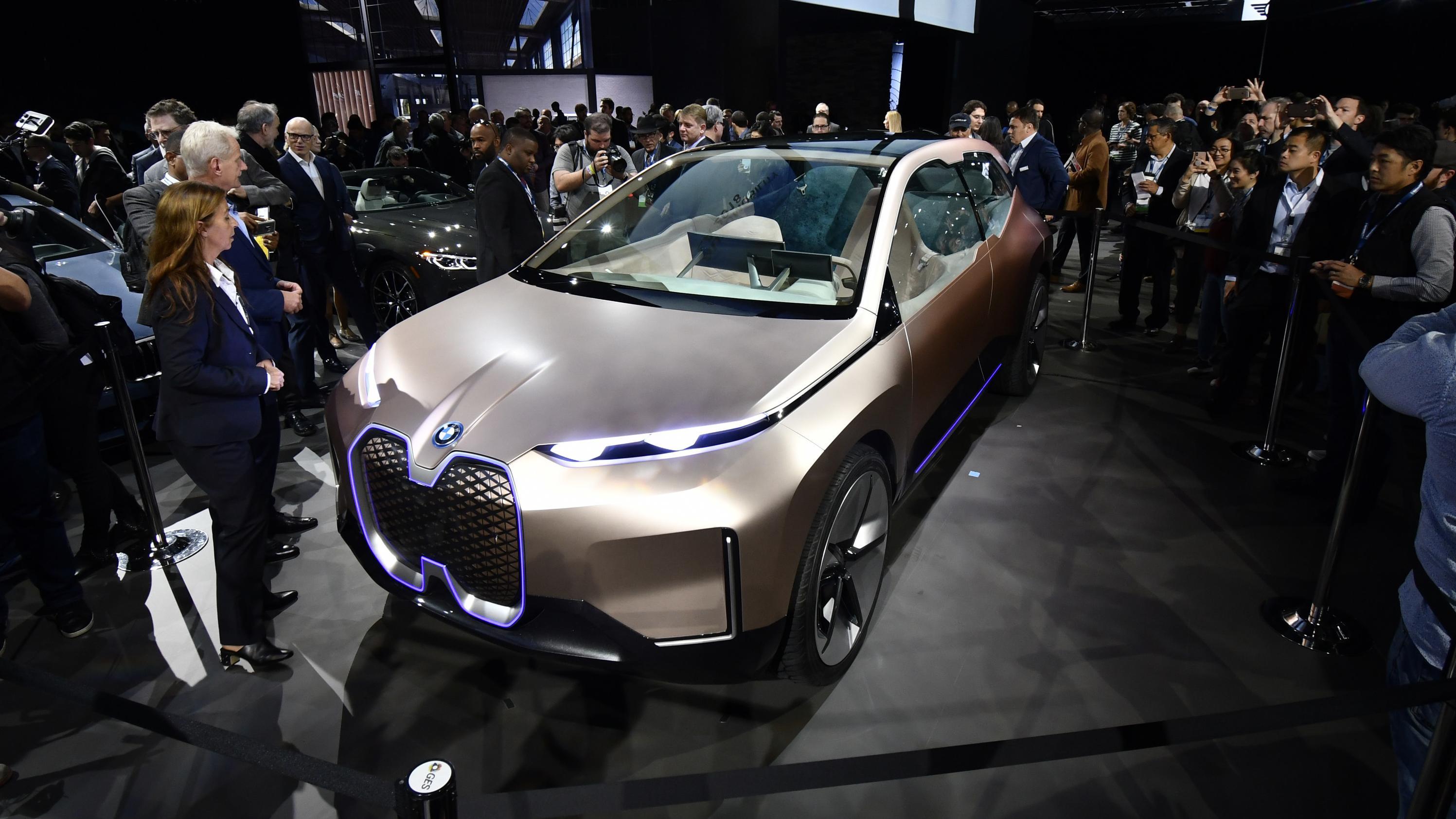 BMW Concept Car iNEXT auf der Los Angeles Auto Show 2018