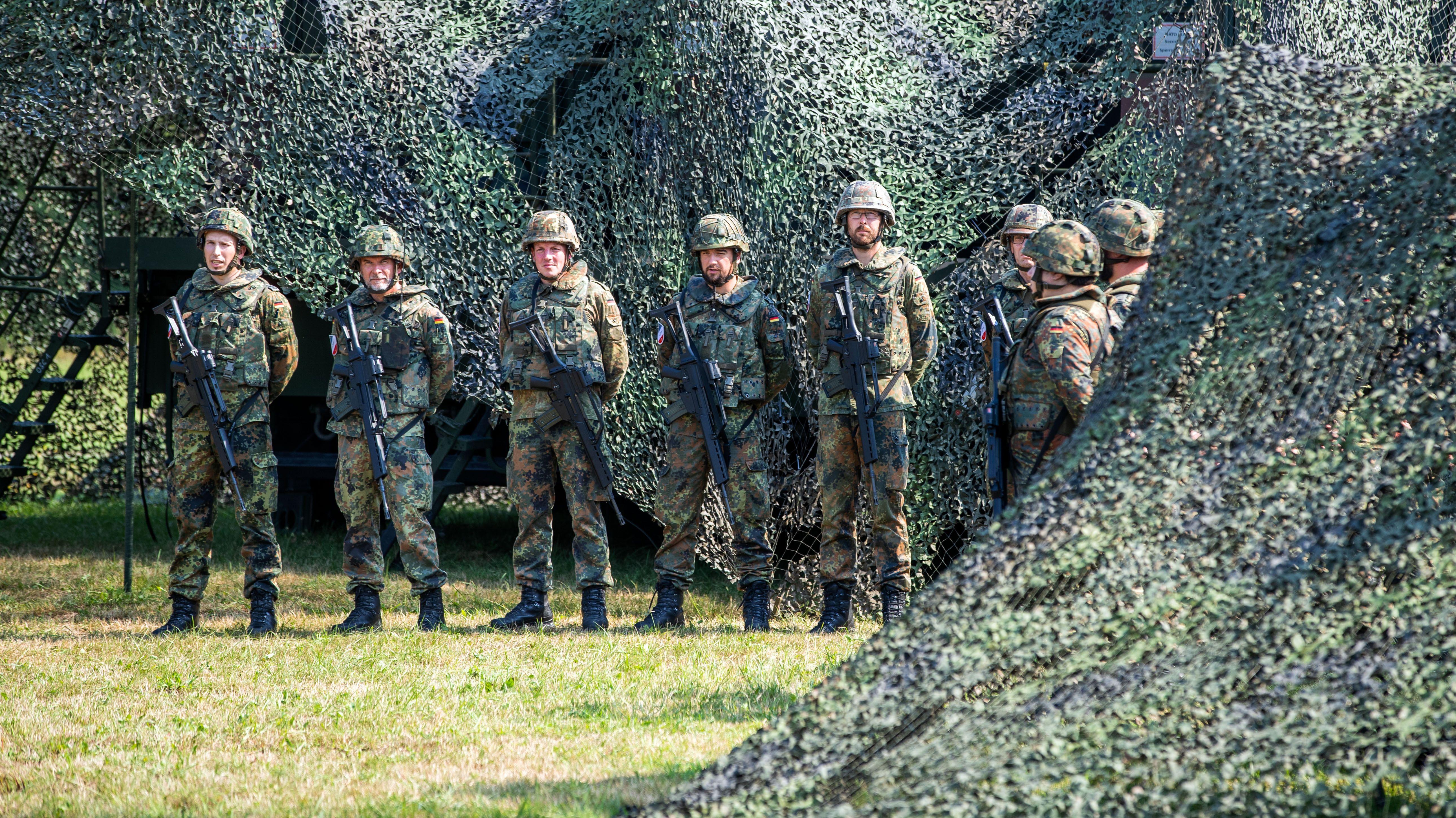 Bundeswehr-Soldaten der Luftwaffe  am Standort Cammin (Mecklenburg-Vorpommern)