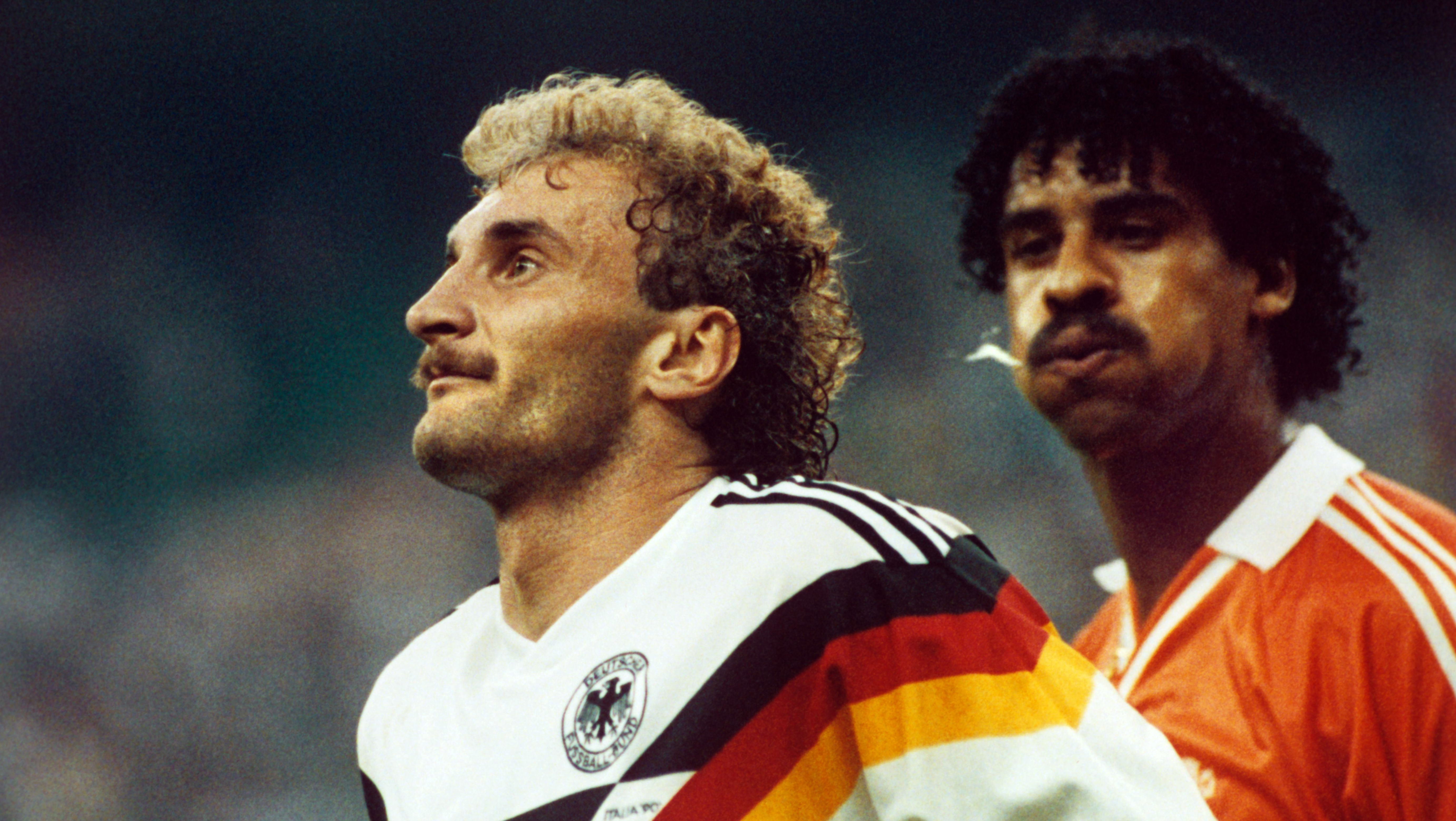 Rudi Völler und Frank Rijkaard im WM-Achtelfinale 1990