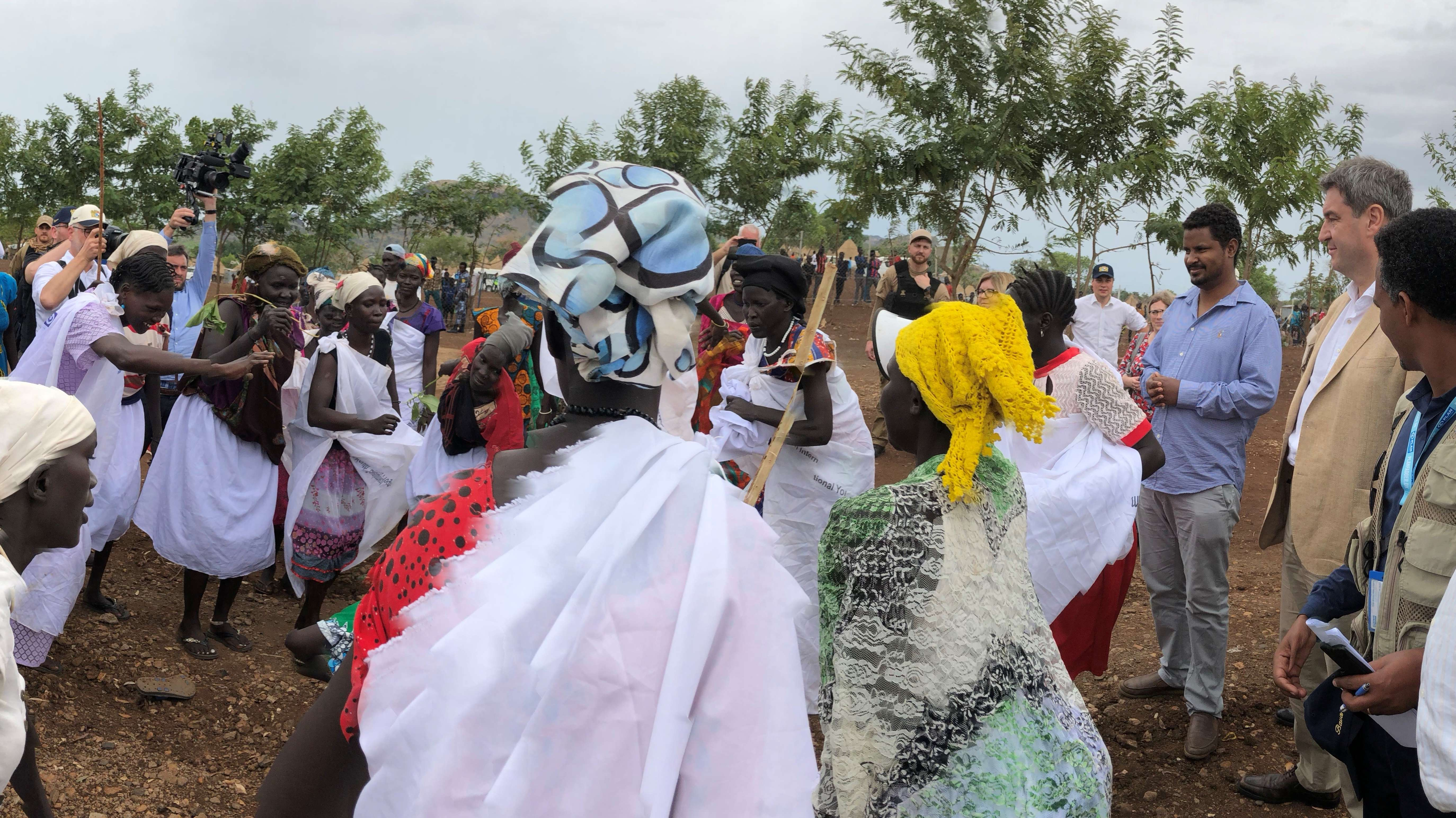 Söder bei Flüchtlingen in Gambela