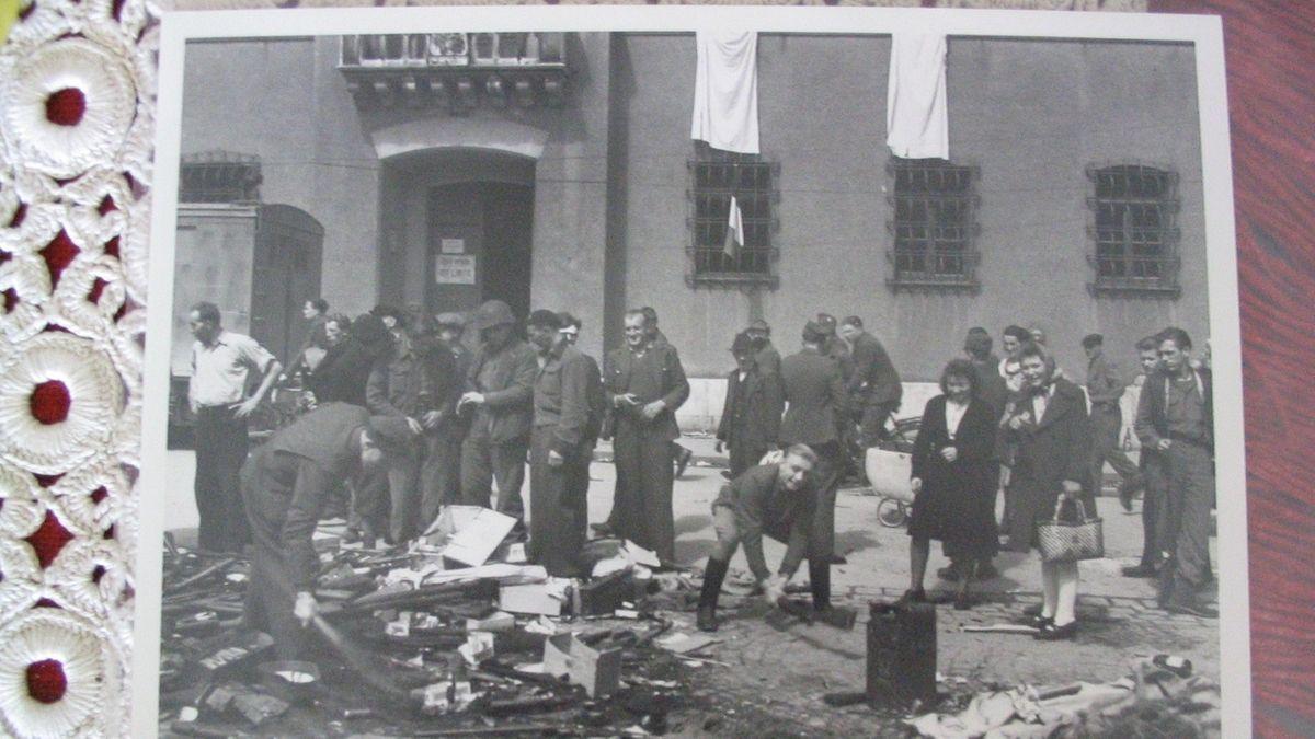 Reichenhall: Deutsche Soldaten geben ihre Waffen ab
