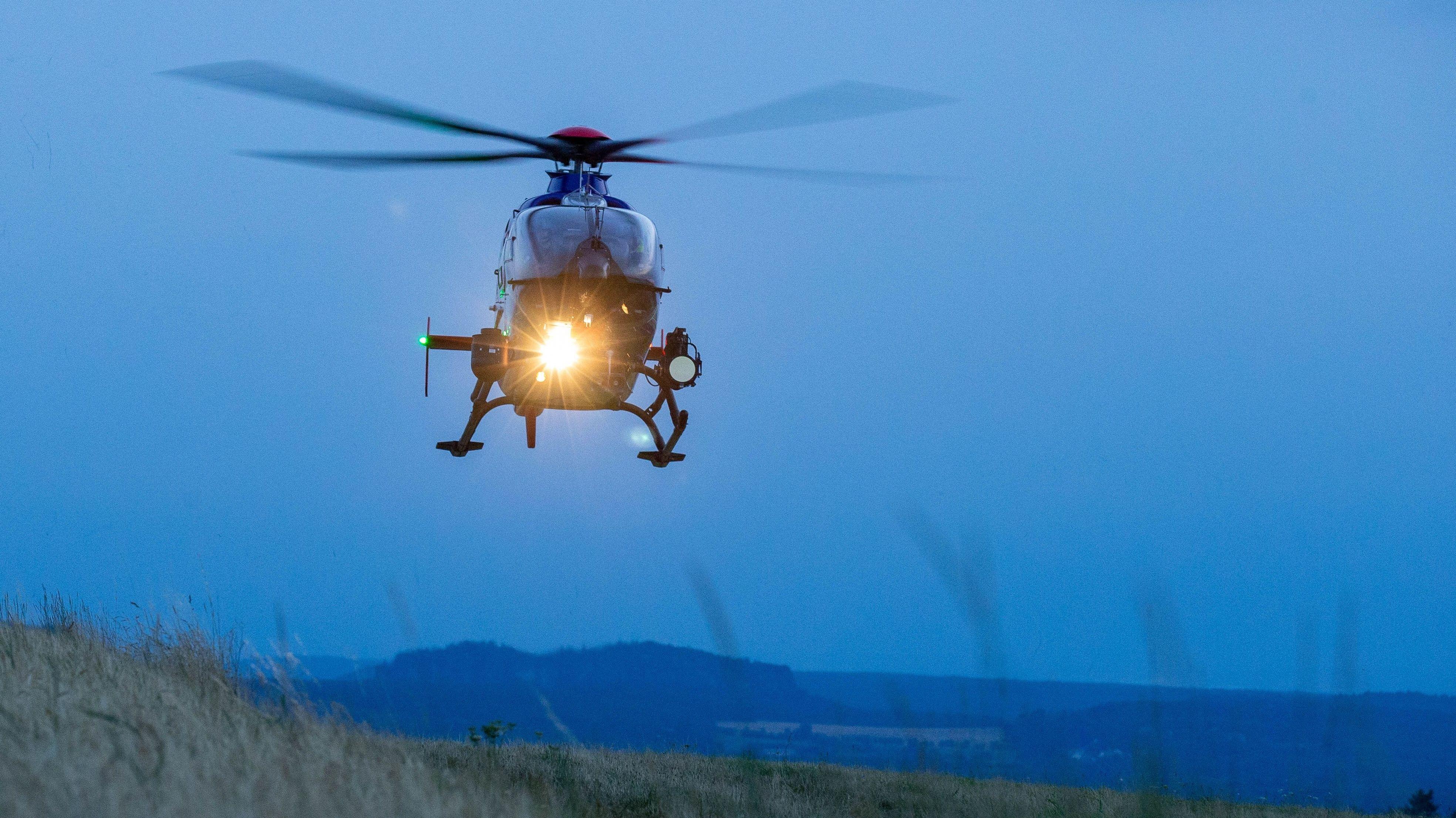 Ein Hubschrauber im Flug (Symbolbild)
