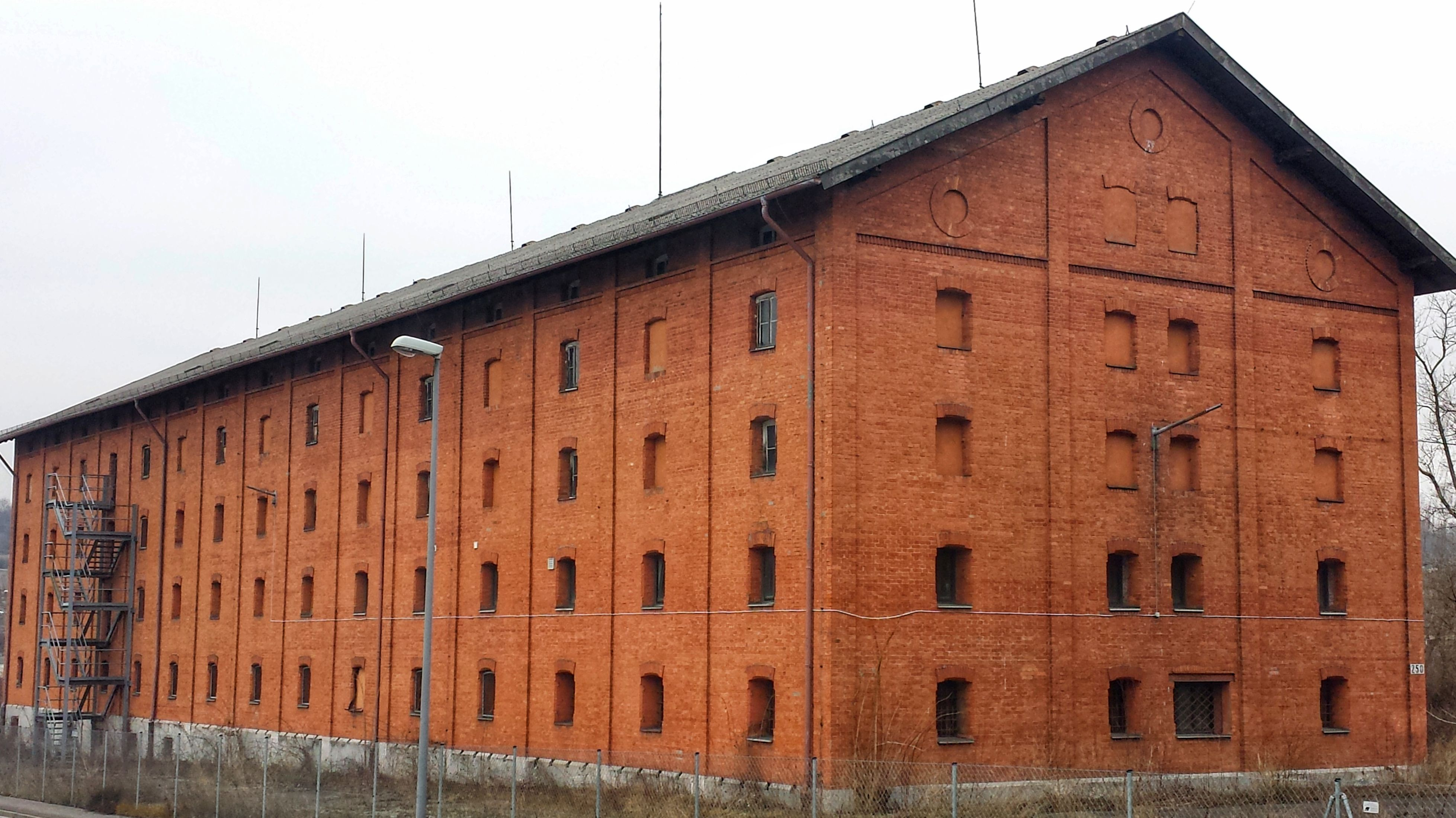 Gebäude der ehemaligen Faulenberg-Kaserne in Würzburg