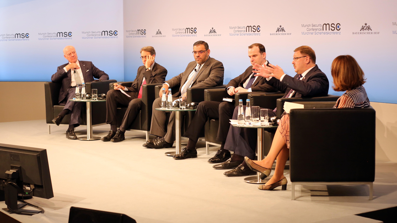 Diskussionsrunde bei der Sicherheitskonferenz 2017