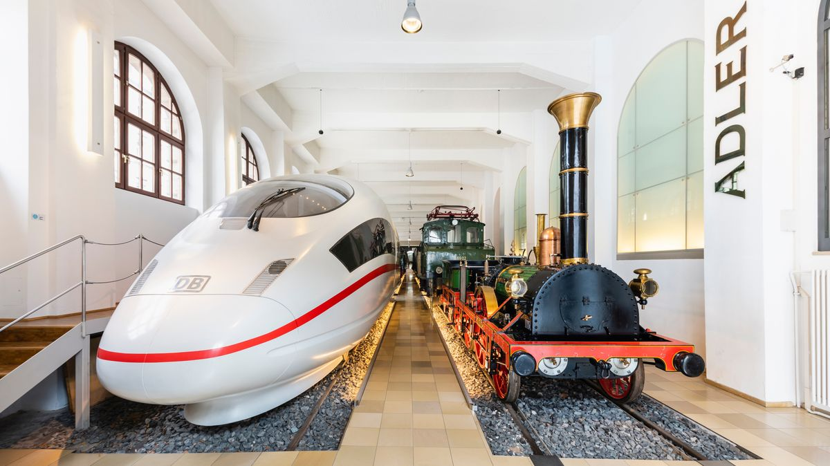 Adler und ICE im DB-Museum Nürnberg