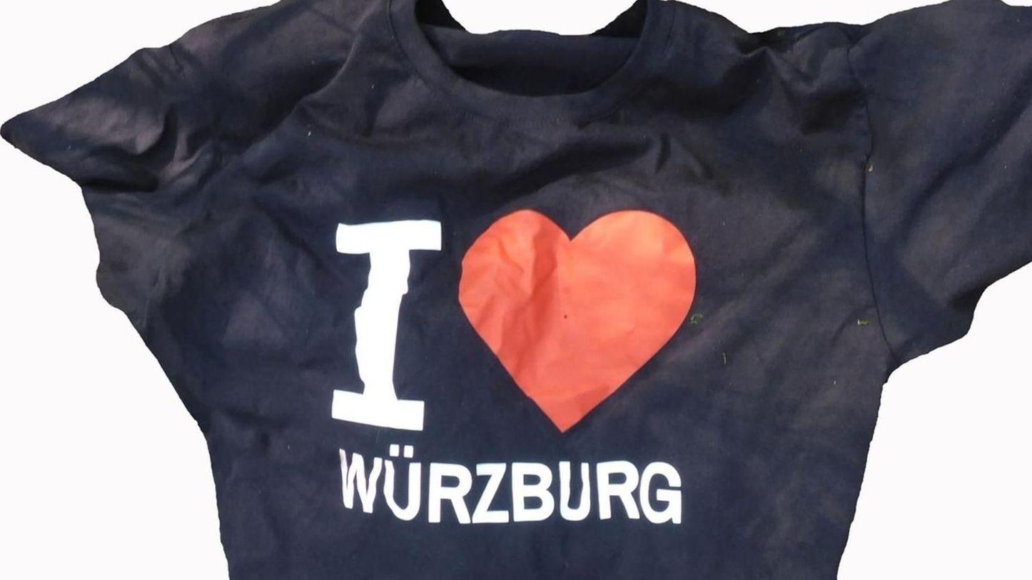 I love Würzburg steht auf T-Shirt geschrieben