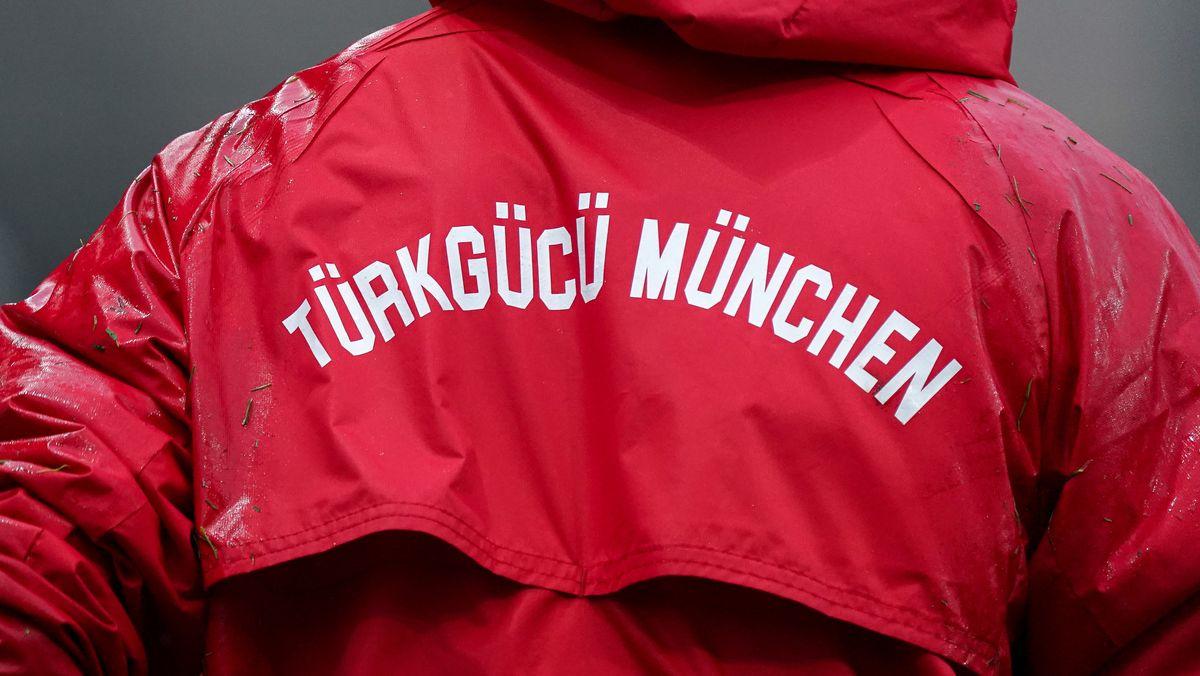 Jacke mit Schrift Türkgücü München