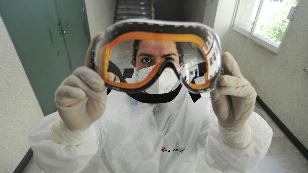 Immer noch gefragt: Schutzkleidung gegen Corona-Infektion