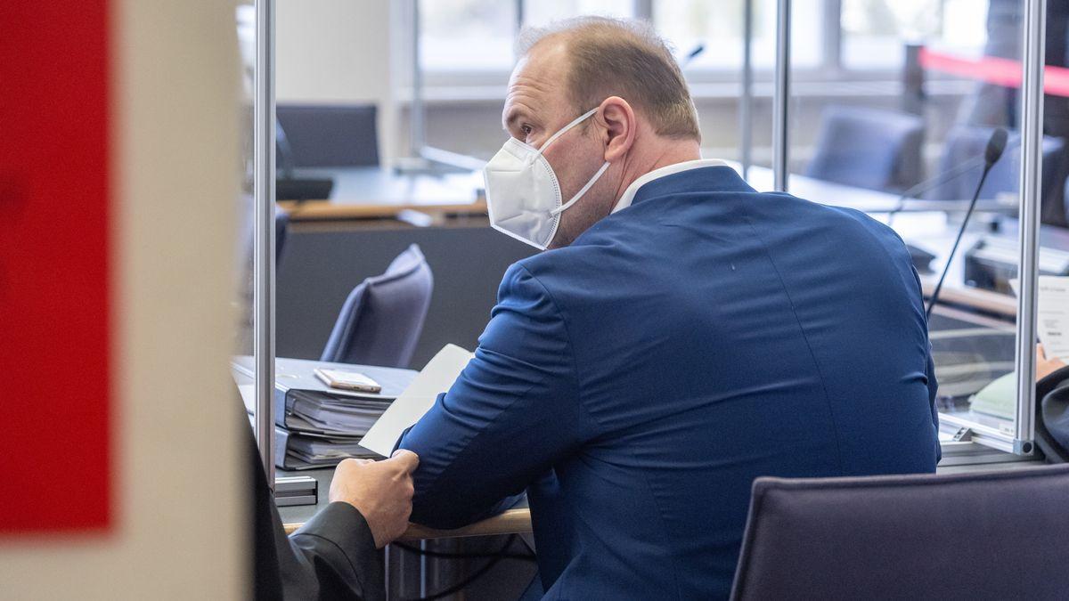Christian Schlegl vor Gericht.
