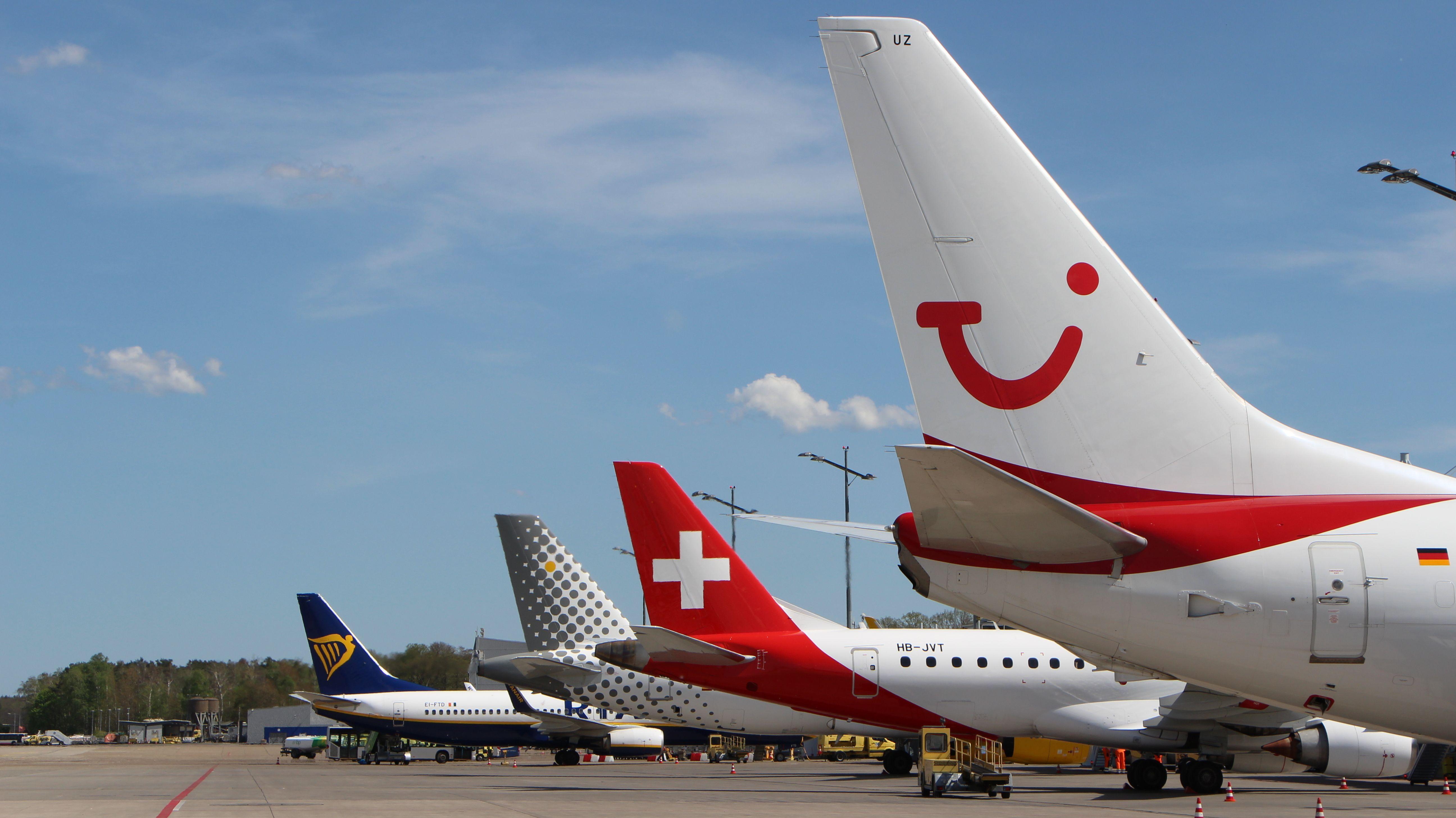 Flugzeuge am Airport Nürnberg
