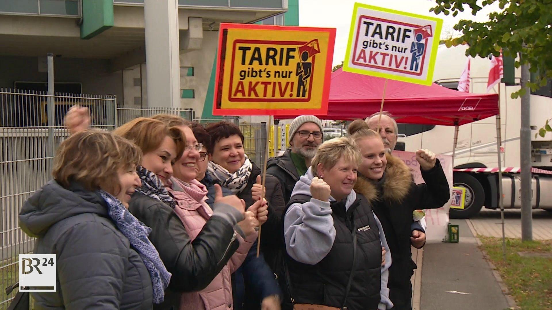 Mitarbeiter von Wolf Butterback  demonstrieren in Fürth