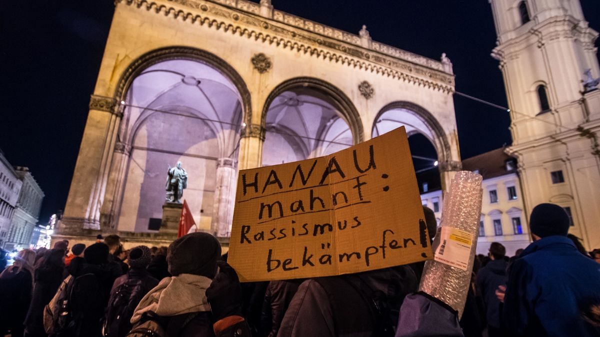 Demo in München nach dem Anschlag von Hanau.