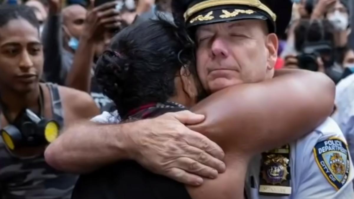 """Standbild aus dem Video """"Healing not hatred"""""""