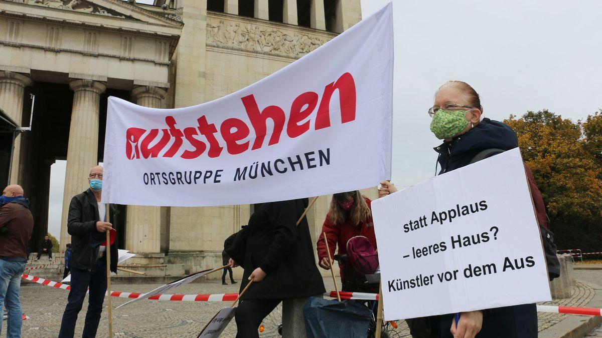 Transparente bei Demonstration