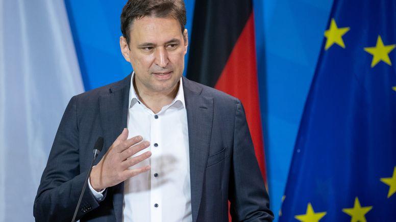 Der bayerische Justizminister Georg Eisenreich  | Bild:dpa