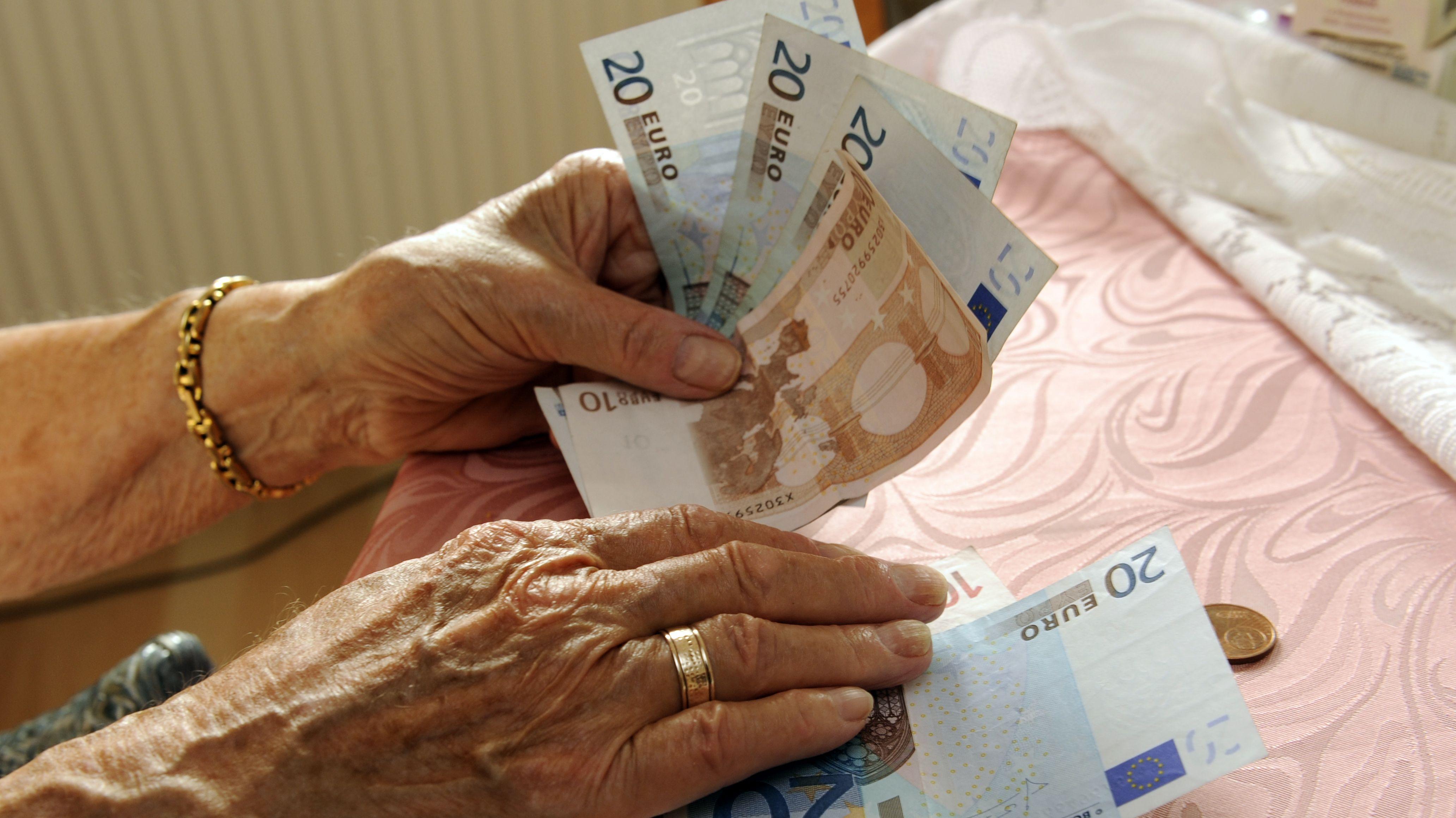 Altersarmut: Bundestag beschließt Grundrente