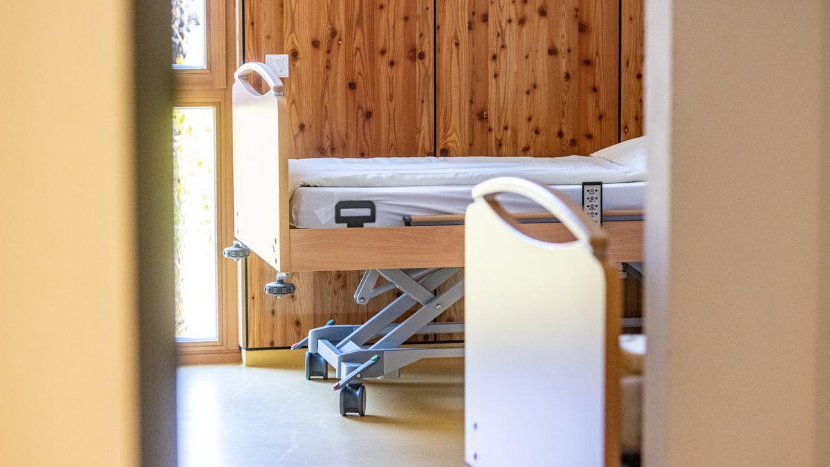 In Viechtach wurde das Internat der Hotelberufsschule zu einem Hilfskrankenhaus umgerüstet (Aufnahme vom 1.4.20).