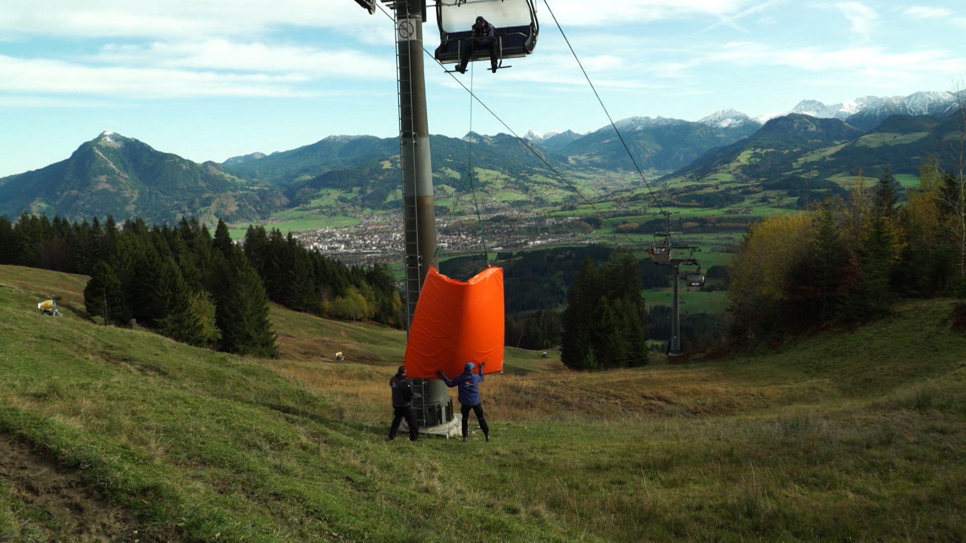Vorbereitungen auf die Skisaison in Ofterschwang