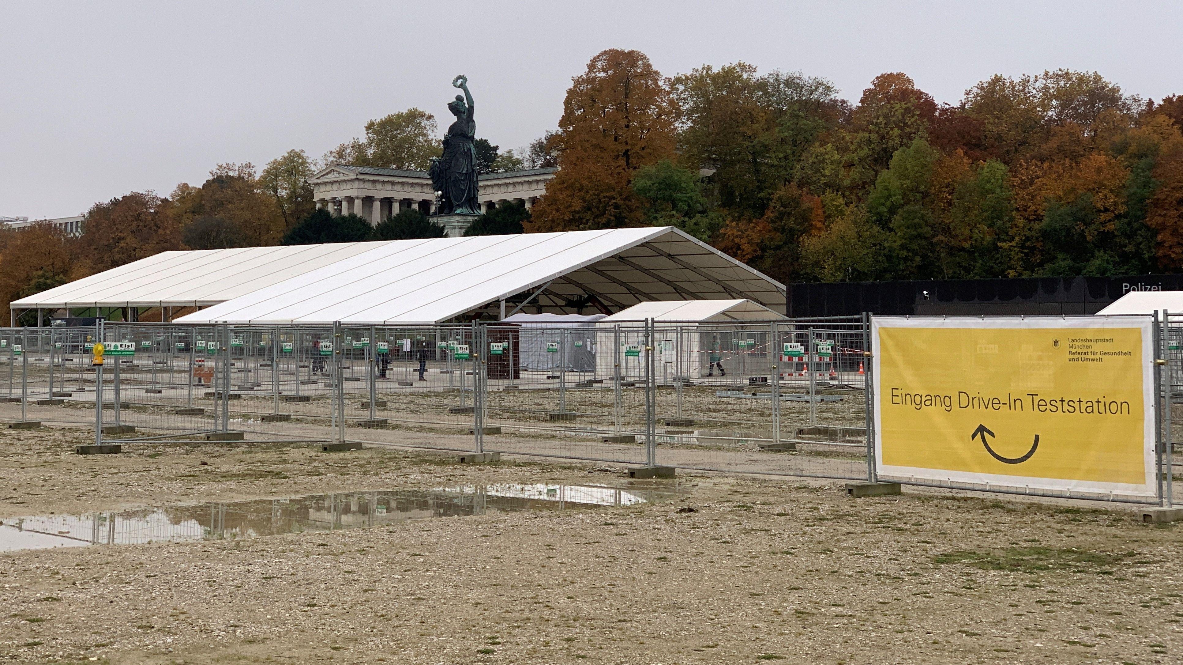 Corona-Ticker Oberbayern: Zelt für Theresienwiesen-Teststation
