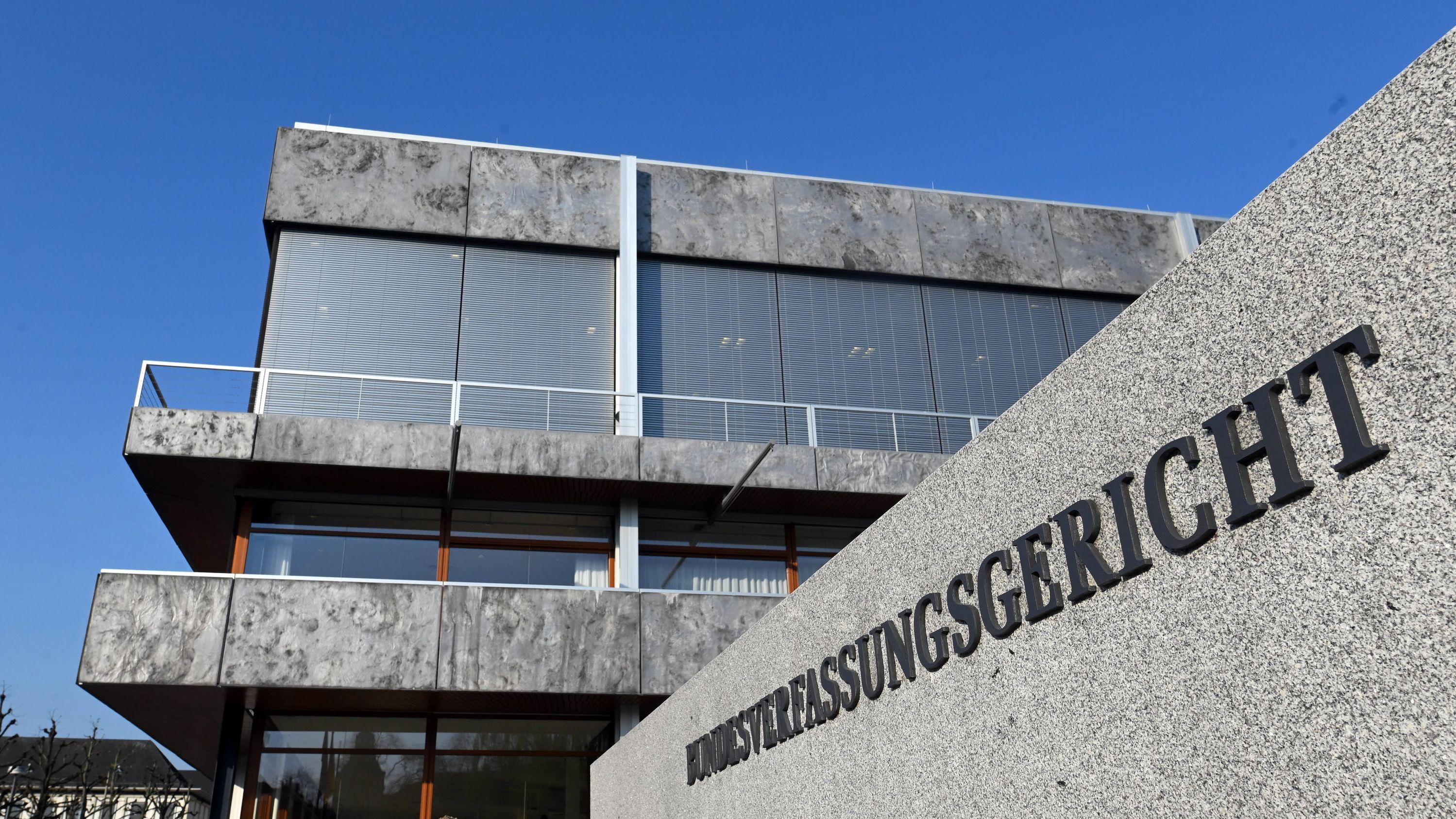 Außenaufnahme des Bundesverfassungsgerichts in Karlsruhe.